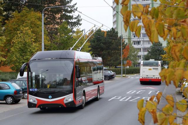 Pardubický dopravní podnik nakoupil pět dalších trolejbusů