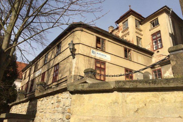 Tiskárna a dům tiskaře Augusty, který do Litomyšle pozval i Boženu Němcovou