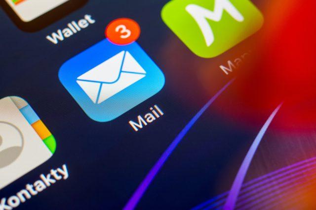 E-mail v mobilním telefonu
