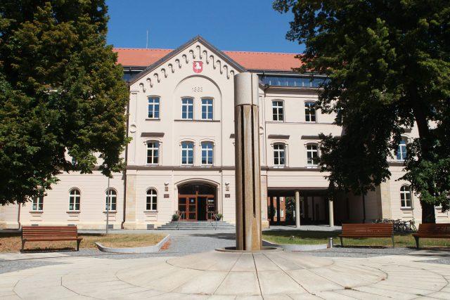 Krajský úřad v budově bývalé reálky v Pardubicích | foto: Michal Klíma,  MAFRA / Profimedia