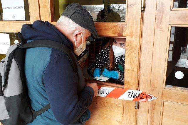 V testovacím centru v Poličce na první den připravili 300 testů